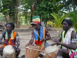 Afrikanische Musikergruppe in Suiname